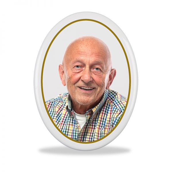Oval Photo Plaque with gold band